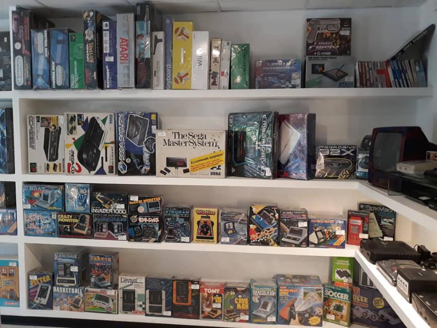 Negozio Retrogaming & Toys Terni